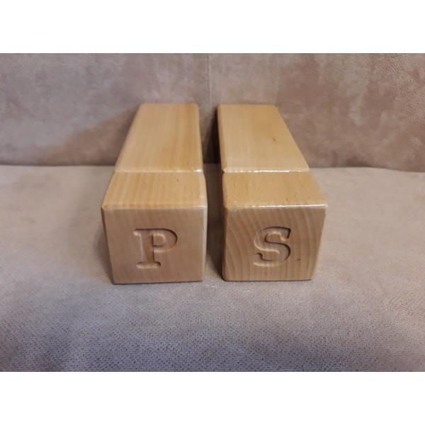 Drewniany młynek do przypraw - kubistyczny naturalny